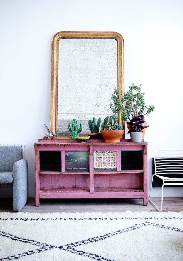 Distressed mirror - colorful chest - From Cécile Figuette's home in Paris /FrenchByDesign