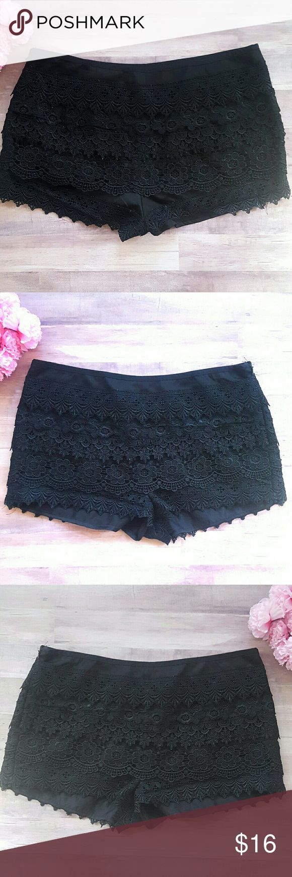 SAN SOUCI BLACK CROCHET SHORTS  (LARGE) Sans Souci layered crochet lace shorts. Size Large.  Excellent Condition!!!  FAST SHIPPING!! Sans Souci Shorts