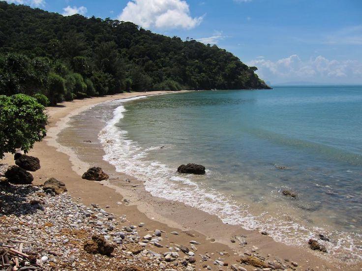 Beach at National Park, Koh Lanta. Click through for more of our Koh Lanta tips.