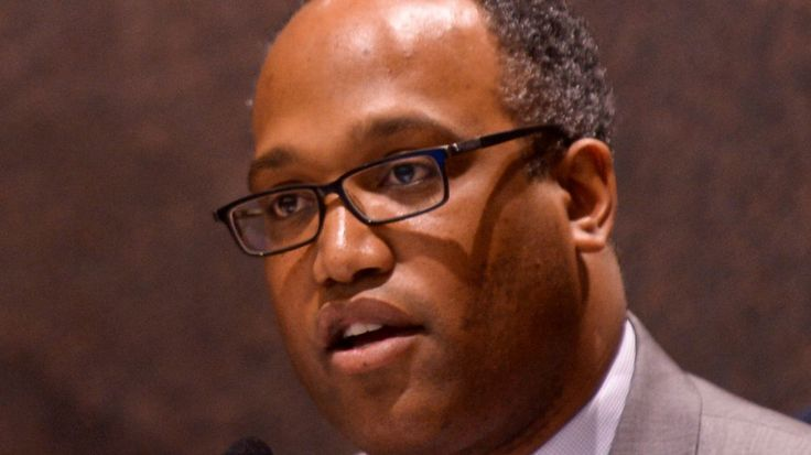DuWayne Gregory to review Suffolk unmarked police vehicle policy