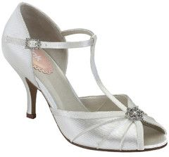 #weddingshoes #trousseaubridalshoes #bridalshoes The Perfume is a gorgeous vintage T-Bar peep toe. Heel Height: 7.5cm  Material: Satin. Check out www.trousseaubridalshoes.co.nz - worldwide shipping is available on our shoes, please contact us
