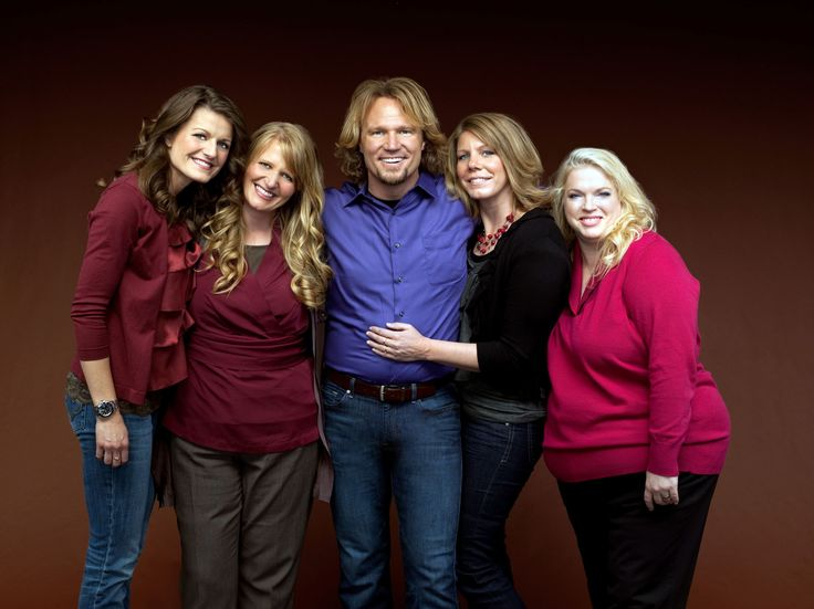 """It's a real-life wife swap! Sister Wives star Kody Brown has divorced one woman in order to marry another. Although he says he has four wives, legally the reality star only has one, and her name is Meri; however, that is no longer the case. Brown quietly divorced Meri, E! News has confirmed, and has since married Robyn, the youngest of the four women. The other two """"sister wives"""" are Christine and Janelle. """"We have chosen to legally restructure our family,"""" the Brown family said in a ..."""