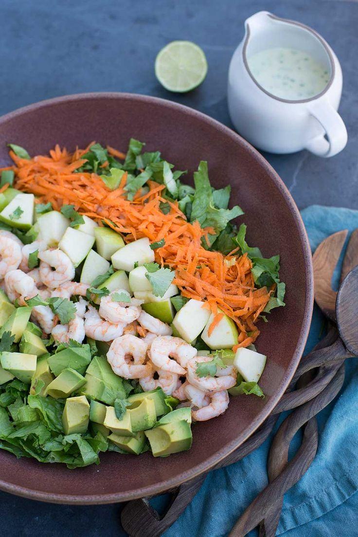Deze afbeelding laat de maxi trend gezond ETEN zien. Op de foto zijn veel gezonde etenswaren te zien. Gezond eten is een maxi trend en is onderdeel van de megatrend gezond leven. Dit is een internationale trend