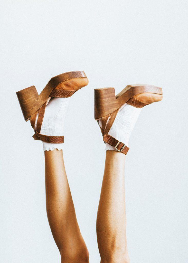 Walk This Way Clog in Brown #clogs #shoes