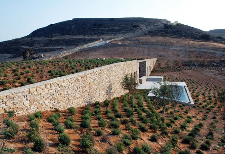 Aloni, Antiparos Island, Greece. Deca Architects, 2005-2008.