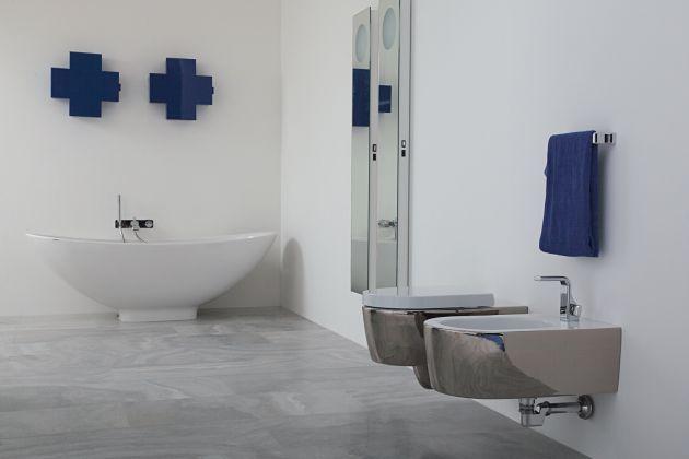 Waschbecken, WC & Bidet  in silber und chrom von Flaminia