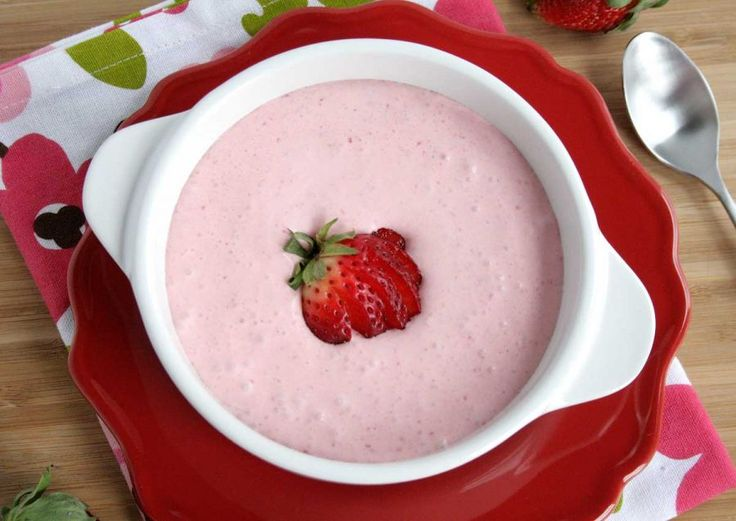 Chilled Strawberry Soup - You don't have to travel all the way to Grand Floridian at Walt Disney World to enjoy Chilled Strawberry Soup. This simple and quick recipe is super easy to whip up in your own kitchen. Perfect for a warm summer day. Recipe developed by @doughmesstic.