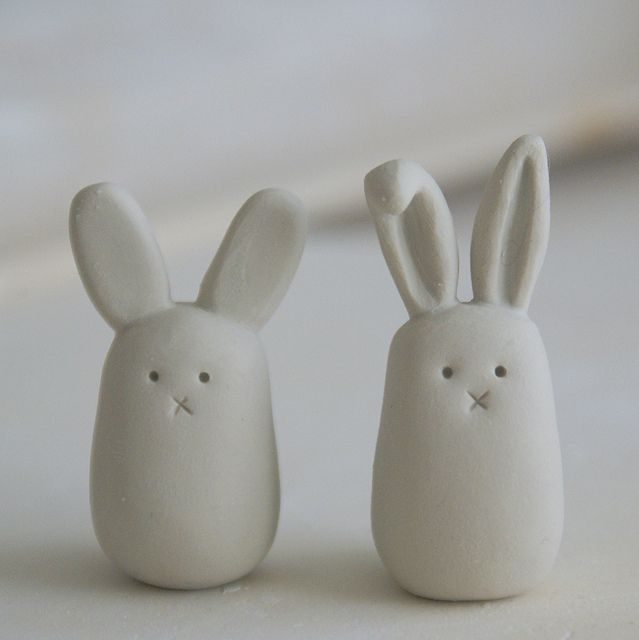 Clay bunny - so simple.. so darn cute and we have a large quantity of white FIMO on hand...