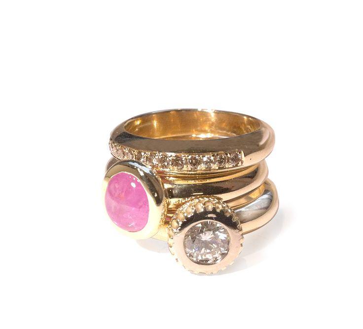 3 ringen, Goud, Toermlijn, witte en bruine diamant