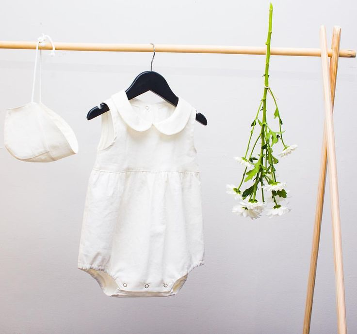 Linen/cotton baby romper Claudine collar 0-24 month