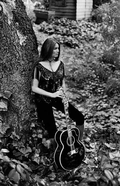 Emmylou Harris at home, Los Angeles, 1980
