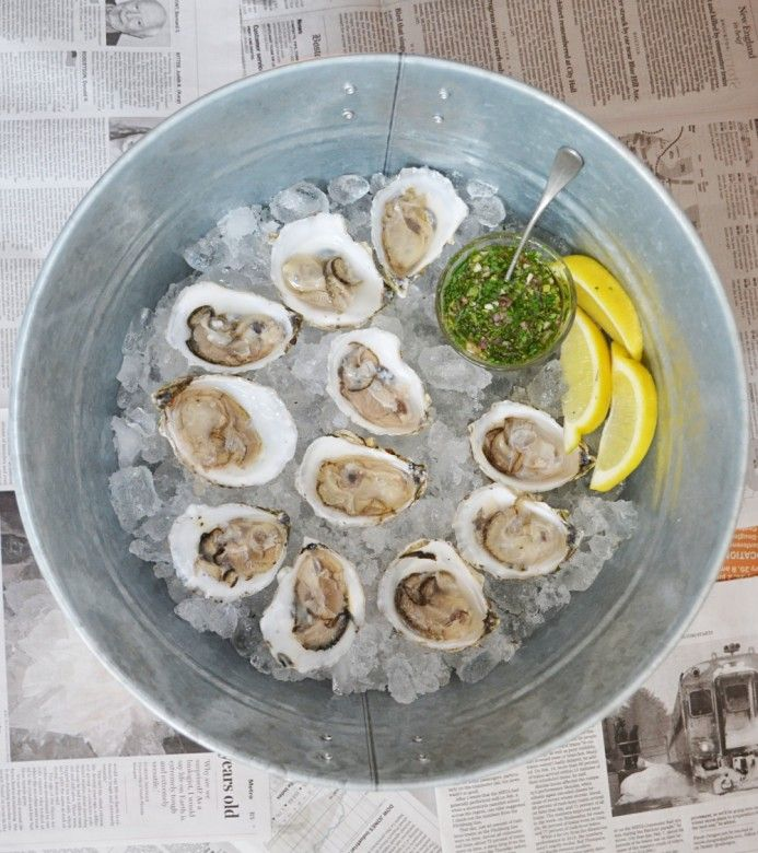 How to Shuck Oysters | Oyster Shucking & Eating Advice |  Wondering how to shuck oysters? How to eat oysters? What do oysters taste like? From shucking tips to a favorite mignonette recipe, we're here to help.