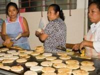 Pupusas Recipe (Salvadoran stuffed masa flatbread) | El Salvador | Whats4Eats