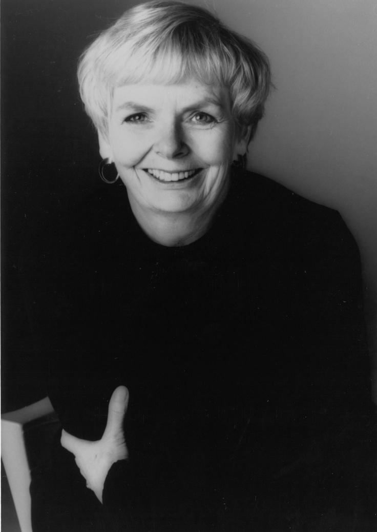 La scrittrice canadese Carol Shields