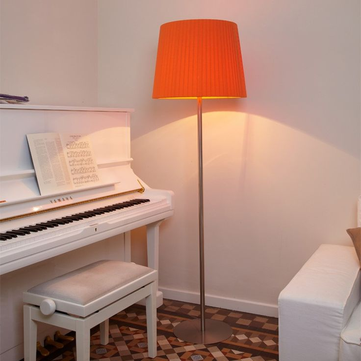 Mejores 25 imgenes de floor lamps en pinterest comprar lamparas y luxcambra es fabricante de lmparas a medida en barcelona con una experiencia de 50 aos encuentra todo tipo de lmparas de diseo a medida en barcelona aloadofball Gallery