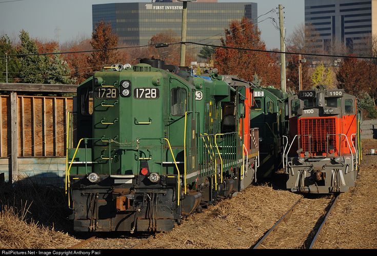 RailPictures.Net Photo: RCRY 1728 Raritan Central Railway EMD GP9 at Edison, New Jersey by Anthony Paci