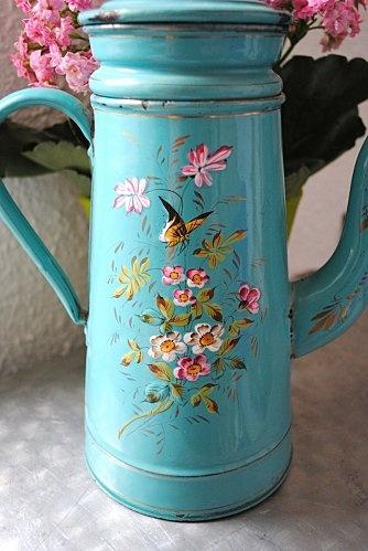 vintage enamelware Cafetiere