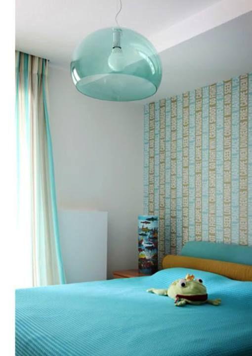 Χαρίστε του όνειρα και διάθεση γεμάτα χρώμα!  Επισκεφτείτε το κατάστημα μας και αφήστε μας να σας προτείνουμε ιδέες και τεχνοτροπίες για το δωμάτιό του. Όλα με την ποιότητα της Χρωτέχ!  [ s house. by T Square Architects]