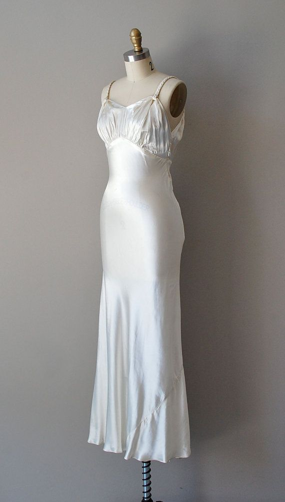17 best images about 1930 39 s wedding on pinterest silk for 1930 style wedding dresses