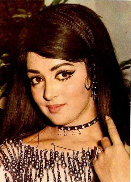 Hema Malini Young Pictures