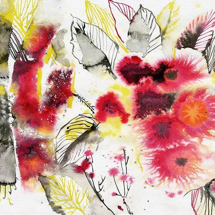 https://flic.kr/p/PCMRCm | Красные цветы 🌺 #тушь #красный #red #ink #colorink #watercolorpainting #penandink #jelubya #yulyazhishi #flowers #florals