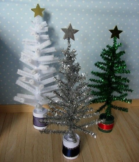 Dollhouse Christmas Tree Inspiration   Pipe Cleaners!!! Miniature ...