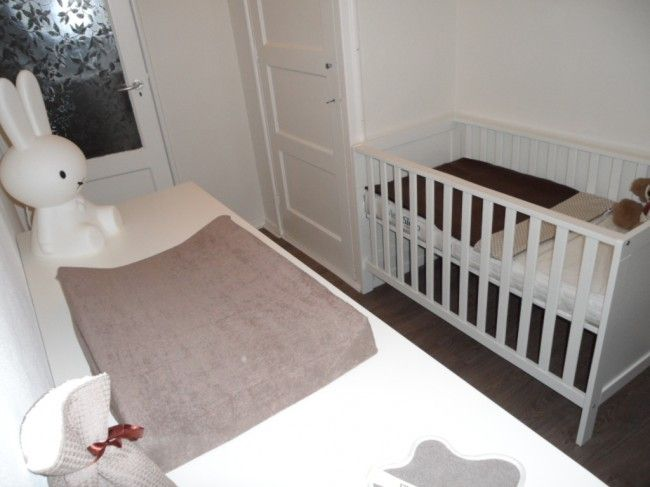 25 beste idee n over kleine babykamers op pinterest babymeisjeskamers - Kleine kinderkamer ...
