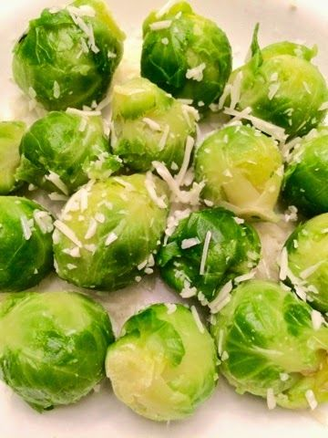 Healthy side or snack idea: Steamed Brussels Sprouts with Sea Salt and All Natural Parmesan (from Diet Meal Plan 14) | CLICK PIN for today's #diet meal plan and #cleaneating ideas | #weightloss #weightloss help