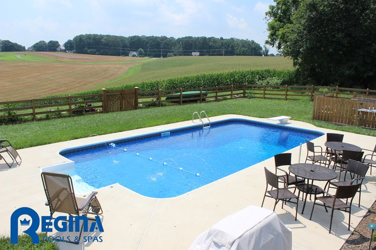 Rectangle Shaped Vinyl Liner Swimming Pool With Diving Board And Deck Jets Located In