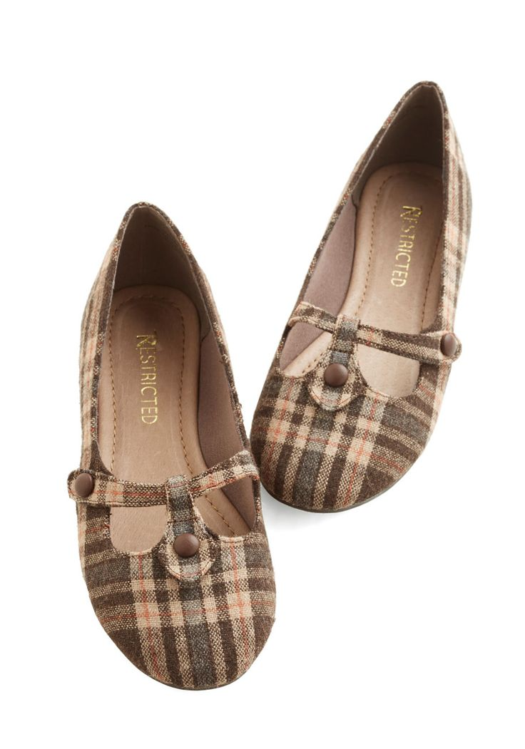 Step Out to Study Flat in Brown. Heading to a beautiful, historic library on campus inspires you to don your most scholarly styles, including these plaid flats by Restricted! #brown #modcloth