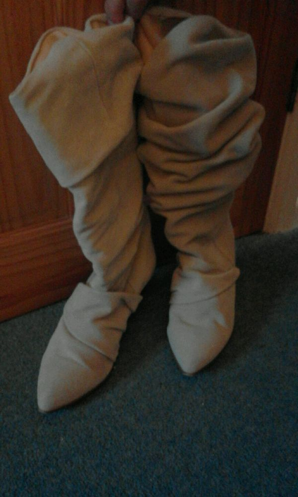 La Redoute suede cream slouch boots size 41/8