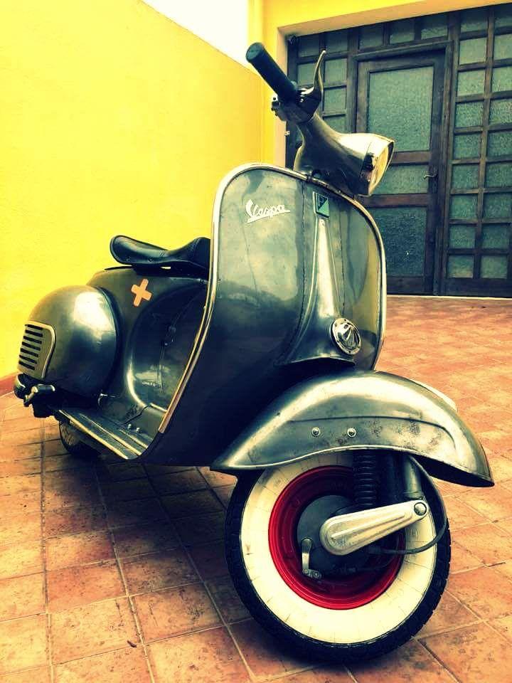 vintage italian scooter - 720×960