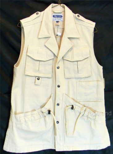 This multi-pocket voyager vest is just the perfect gift for #Him :)