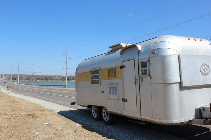 RARE AND RENOVATED 1967 Silver Streak Sabre Aluminum Trailer 22' for sale - Tiny House Listings