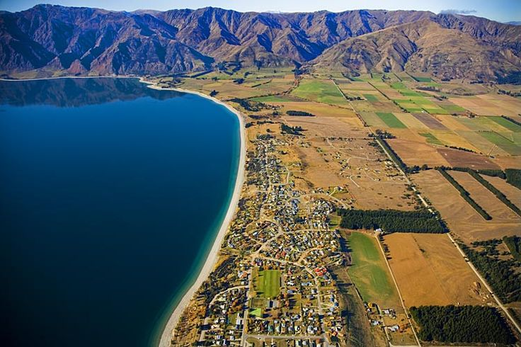 Hawea Township, see more, learn more, at New Zealand Journeys app for iPad www.gopix.co.nz