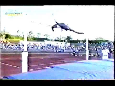The Girls Jump 11Feet High of The Tall Wall's - YouTube