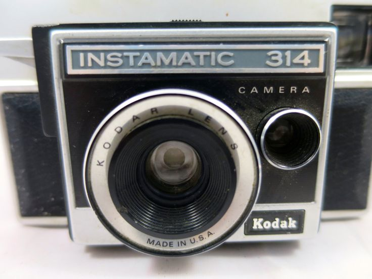 Vintage Kodak Instamatic  314 Camera 1970's Point and Click Camera Black Silver tone Flash Bulb Port Mid Century Camera Collectible by BonniesVintageAttic on Etsy