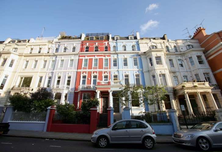 London Housing Woe Endures as Prices Drop to 2 1/2-Year Low    https://www.msn.com/en-gb/money/markets/london-housing-woe-endures-as-prices-drop-to-2-1-2-year-low/ar-AAuGRLv