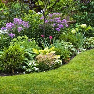 Merveilleux Take Time To Plan A Flower Garden This Spring For Three Seasons Of Blooms  And Pleasing