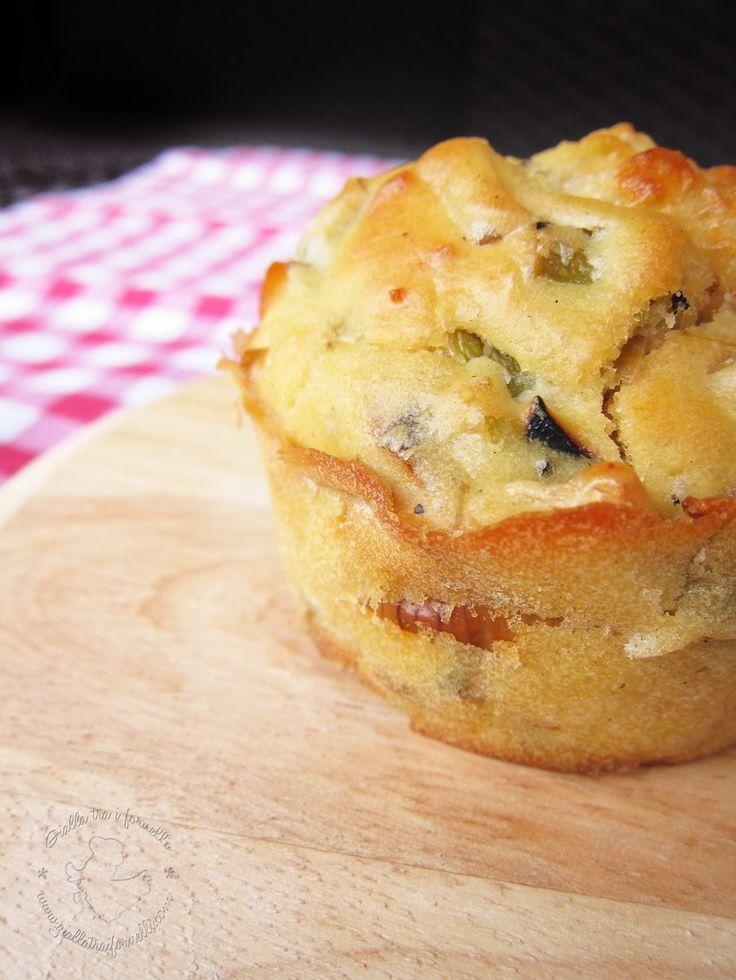 Gialla tra i fornelli: Muffin salati con pancetta, provola e porro