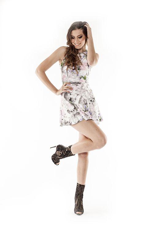 Cutest dress #cutedress #floraldress #dress #skatedress #flaredress #fashiondress