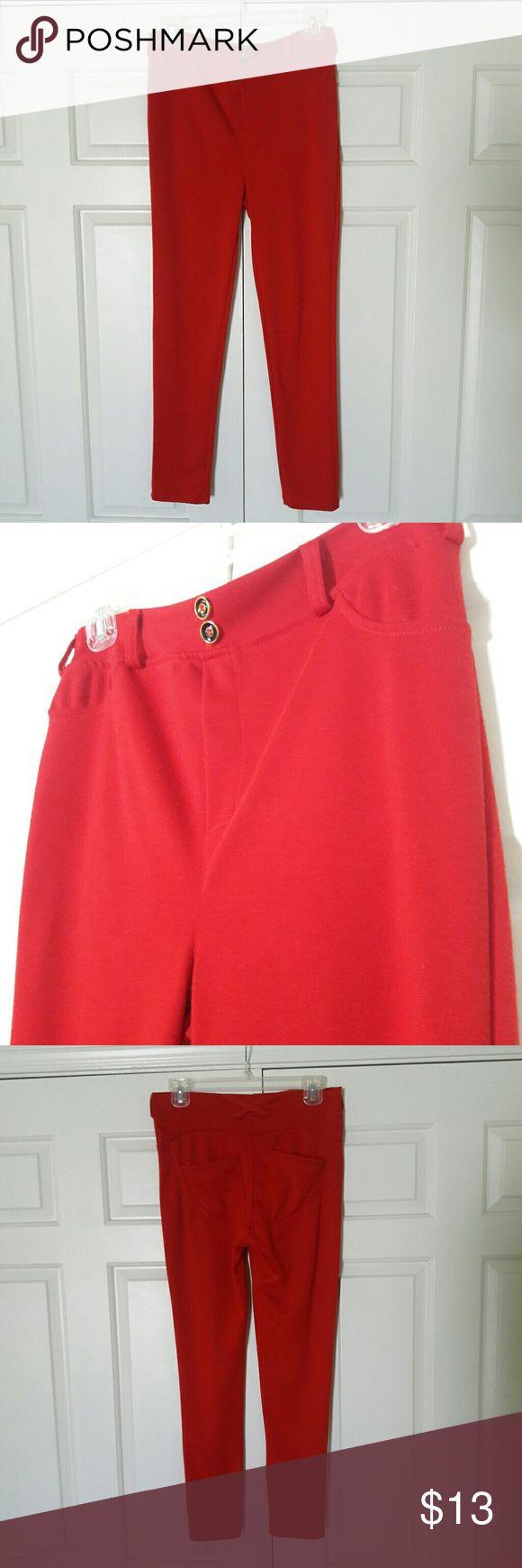 Red leggings Back pockets Pants