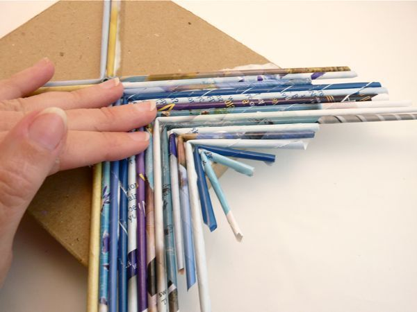 How to Make a Magazine Reed Box - CraftStylish. On my gosh I have been wondering how to do this forever!!!! Ahhh, and way easier then I thought. Though I would probably use my hot glue gun.