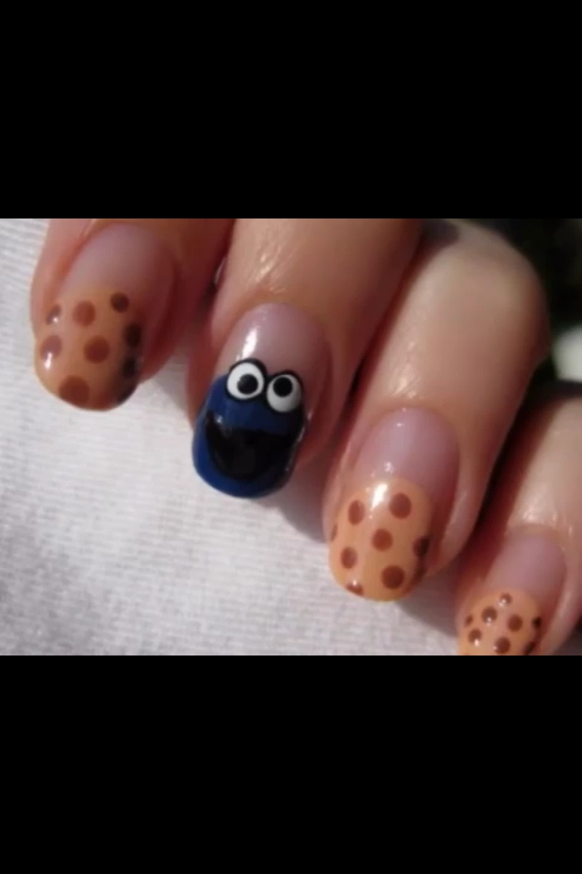 Cookie monster nails!! So cute!!