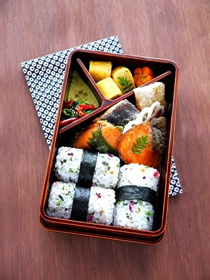 Japanese Bento Lunch Box with Rice Balls, Pan-Fried Salmon, Egg|弁当