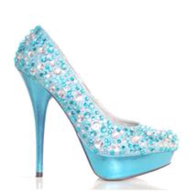 Baby blue sparkly heels :) so pretty!!