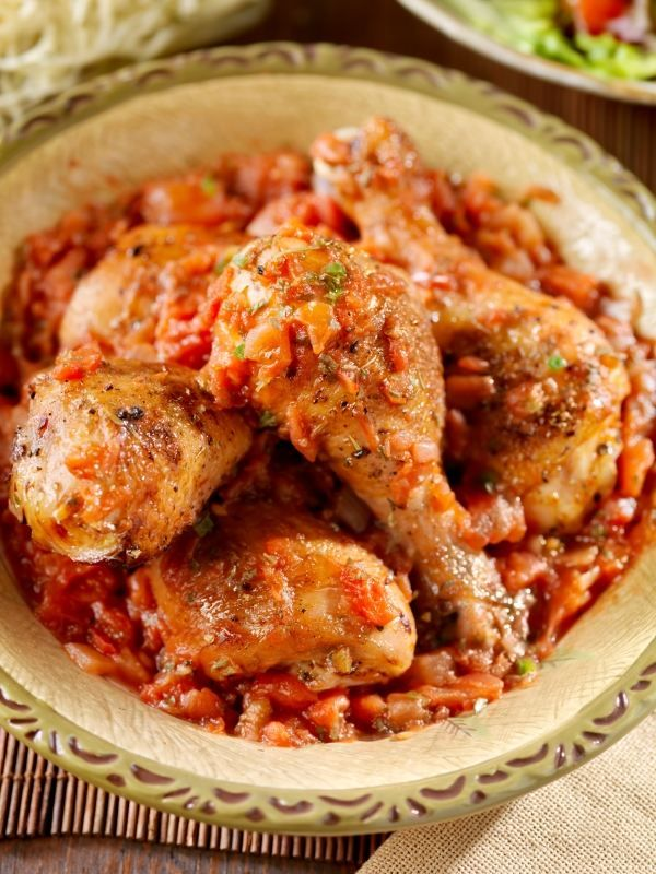 chicken basquaise . ca sa nu zic poulet . — easy peasy
