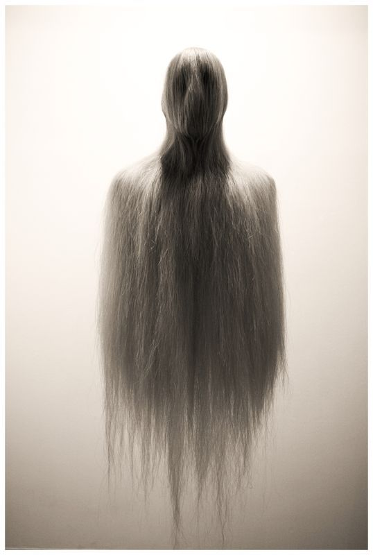 Eerie | Creepy | Surreal | Uncanny | Strange | Macabre | 不気味 | Mystérieux | Strano | Photography | hair by Moabdib.deviantart.com