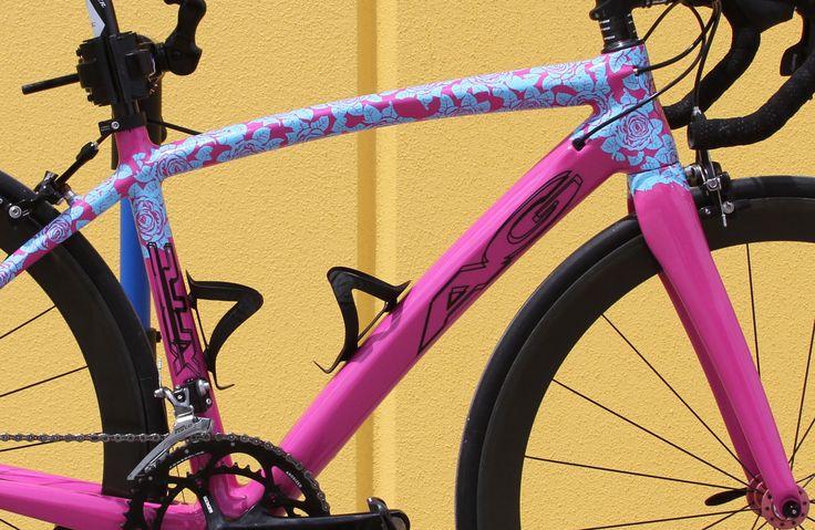 Custom Road Bike (details) Carbon fiber Frame