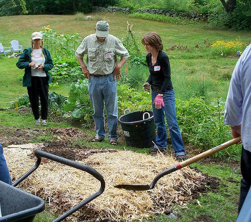 Build healthier soil with lasagna garden layers gardens for Garden soil layers